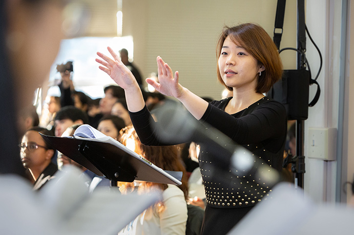 olivet-university-jubilee-college-of-music-conducting-class-improves-choral-ensemble-leadership