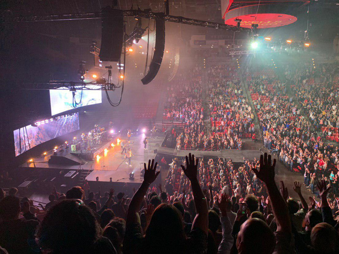olivet-university-music-students-attend-chris-tomlin&-039;s-worship-concert