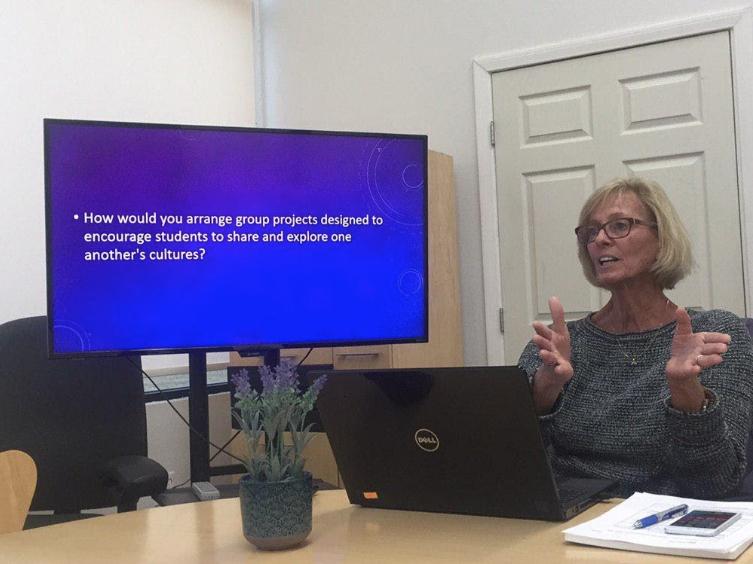 olivet-university-tesol-class-discusses-cultural-responsiveness-for-esl-teachers