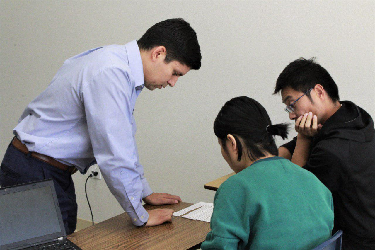 OSLE's Reading Program Helps ESL Students Improve English Skills