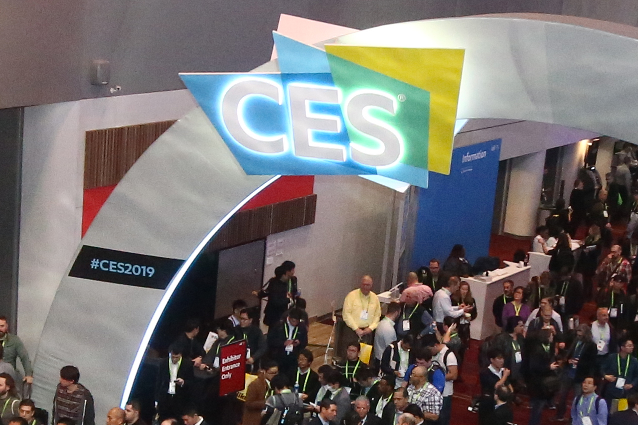 OIT Attend 2019 CES, Inspired for AI Developments